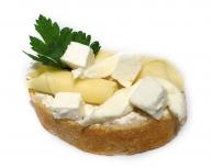 Chlebíček syrový